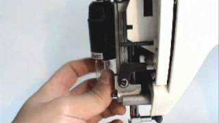 How to change the light bulb on RS2000 Series