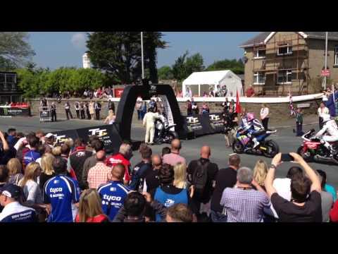 Isle of Man TT 2014 Superbike Race 1