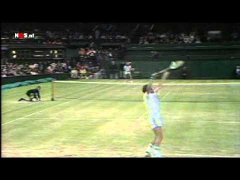 Tom Okker - Björn Borg semi finals Wimbledon 1978