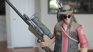 Team Fortress 2 Red Sniper Exclusive Statue Unboxing from Gaming Heads