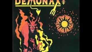 Demonax - Headlock