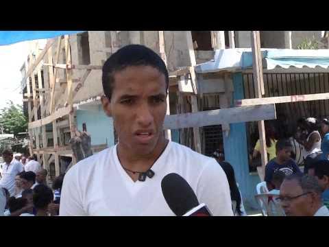 Familiares de hombre asesinado en el ensanche Luperón se quejan trabajo Policía Nacional