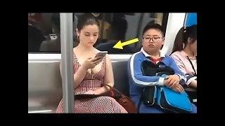Bu adam metroda kameralar olduğunu bilmiyordu ... Bakın ne yaptı!