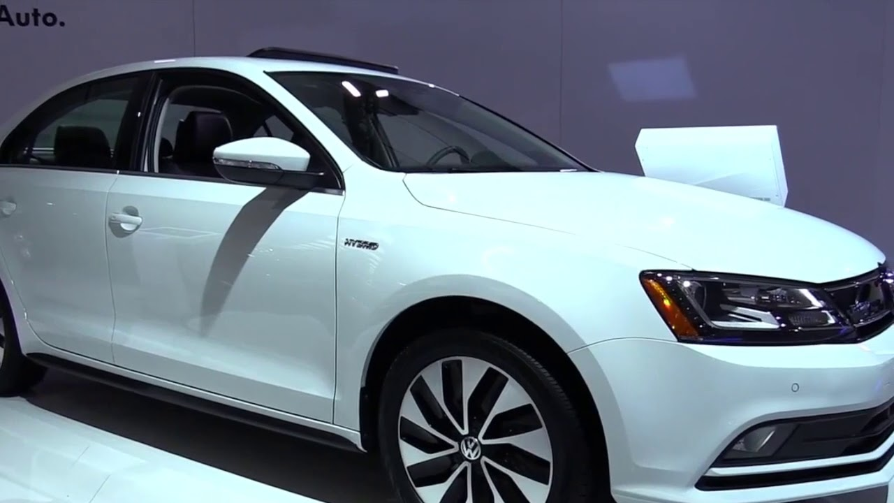 2017 Volkswagen Jetta Hybrid White Pro Design Special Limited First Impression Lookaround