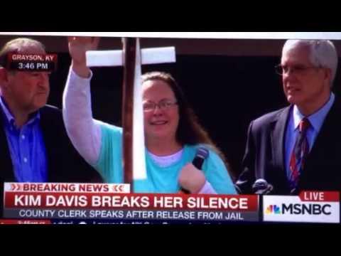 Kim Davis Released From Jail Mike Huckabee's Culture War