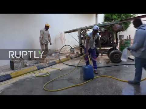 Libya: Dry faucets force Tripoli residents to drill wells through pavements