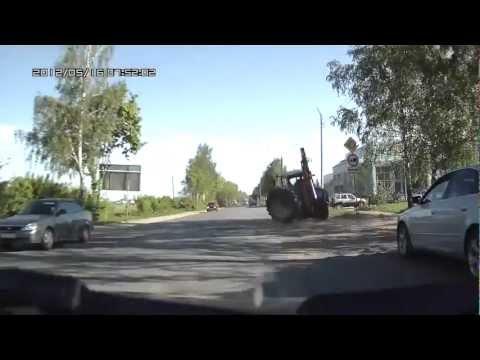 Трактор на ул Строителей, Йошкар Ола New