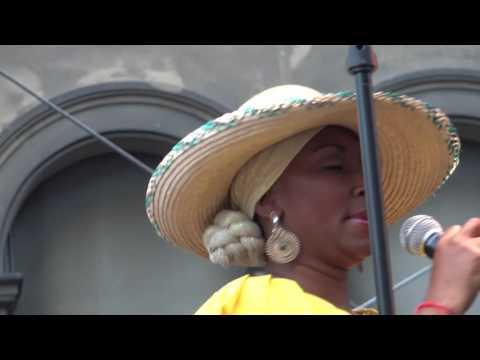 suiza---grupo-canalon-de-timbiqui-colombia-en-él-festival-internacional-de-la-cité-suisse