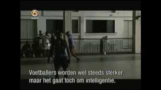 Ginga : Futsal Robinho & Falcao (Nike Commercial)