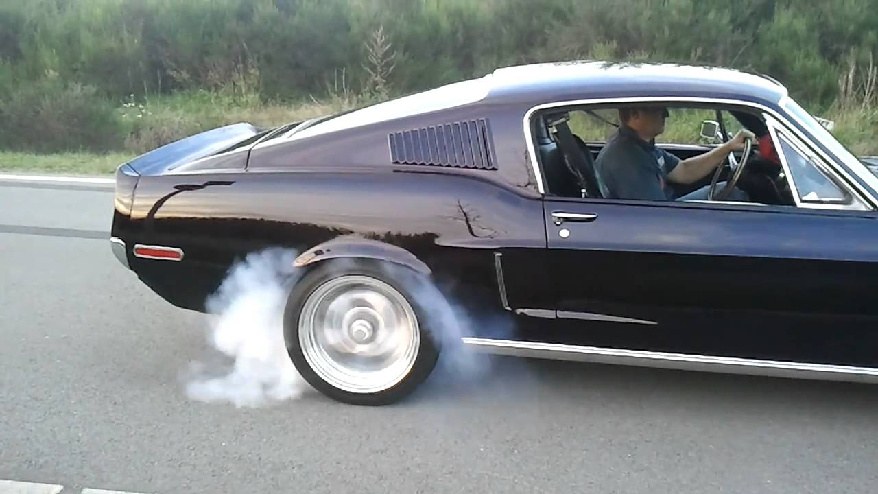 Extreme Ford Mustang 1968 Fastback Shelby 427 Burnout