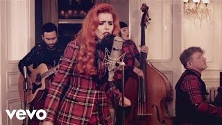 Paloma Faith - Trouble with My Baby (Live from the Living Room)