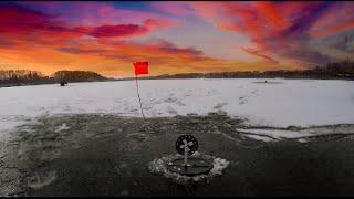 ПЕРВЫЙ ЛЁД Круглое озеро Истра рыбалка на жерлицы