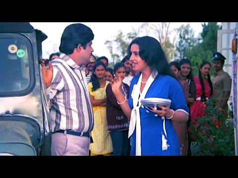 '' സാറ് കെട്ടിയതാണോ..? '' | Ratheesh , Ambika , Suresh Gopi - Vazhiyorakazchakal