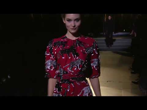 Fall 2018 Runway Show | Carolina Herrera New York |