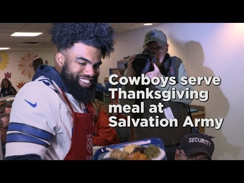 Jeff K - Dallas Cowboys Serve Thanksgiving Meals At Salvation Army