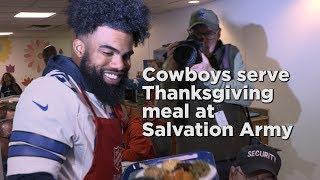 Dallas Cowboys serve Thanksgiving meal at Salvation Army thumbnail