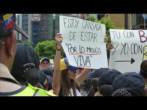 Venezuela: l'opposition défile dans les rues de Caracas