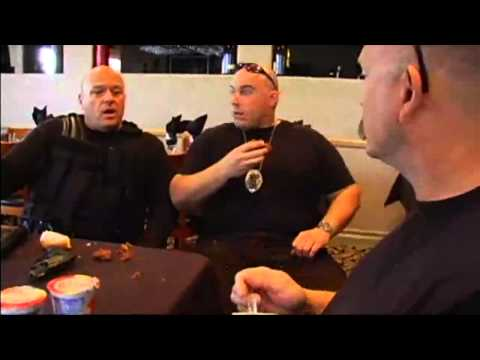 Cop Talk with Dean Norris : All 4 Episodes HD