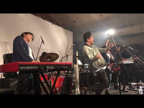 Hindia - Secukupnya (Live At Rossi Musik, Jakarta 18/10/2019)