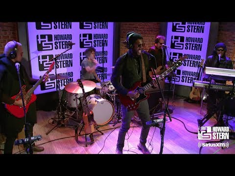 """Gary Clark Jr. """"Come Together"""" on the Howard Stern Show"""