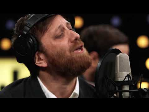 Dan Auerbach & The Easy Eye Sound Revue - Waiting On A Song (Live on KEXP)