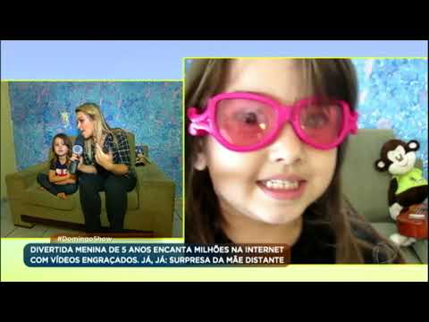 Conheça a garotinha que já conquistou milhões de fãs na internet