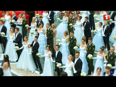 Венский бал во Дворце Независимости. Телеверсия
