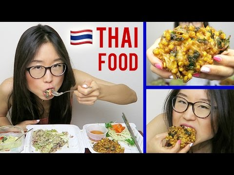 THAI FOOD MUKBANG with corn cakes & green curry