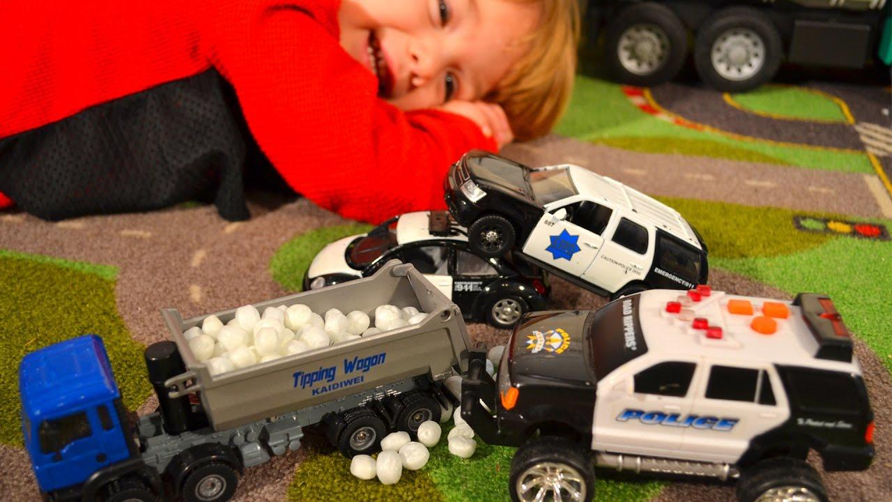 Garbage Truck Videos For Children l POLICE CARS Stop Trash Truck! l ...