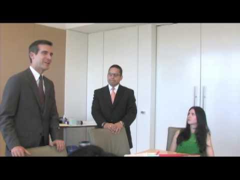 Mayor Eric Garcetti Visits Los Angeles tech company Voiceplate.com