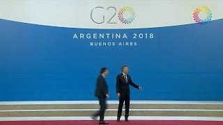 Video: Trump le hace un desplante a Macri y lo deja solo en el escenario