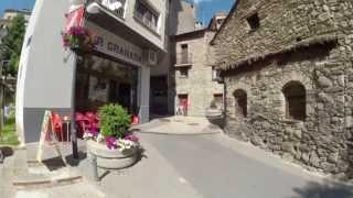 Путевые заметки.Европа,июнь 2013: прогулка по старинной части городка Encamp в Андорре(Как получить вид на жительство (ВНЖ) в Евросоюзе - смотрите здесь - http://j.mp/slovgo На своем автомобиле по дорогам..., 2016-10-29T07:38:30.000Z)
