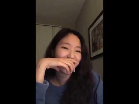 Kim Go Eun sings Daniel Caesar's