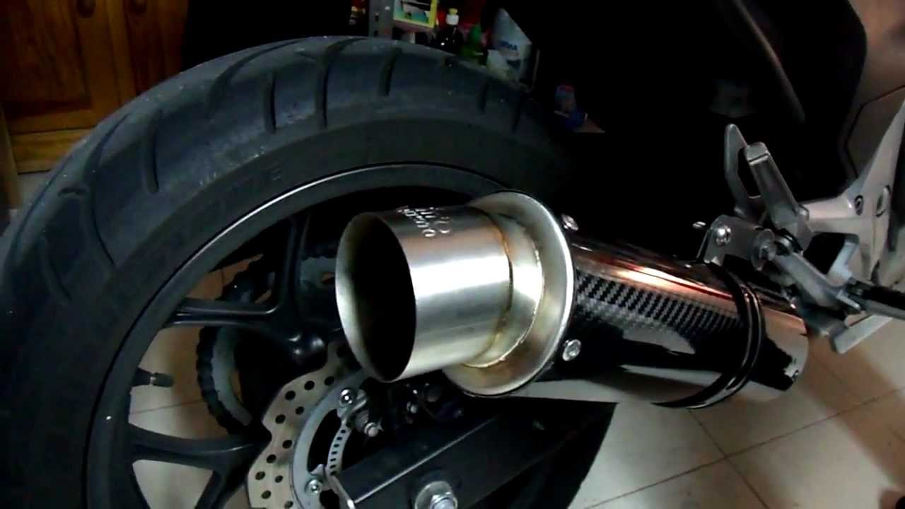 Danmoto Carbon GP @ Honda NC700X - YouTube