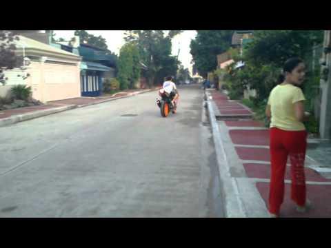 Trip Lang... Valentino Rossi Valencia Replica W/ V...