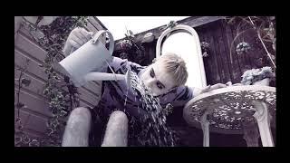 Смотреть клип Bexey - Jawbone