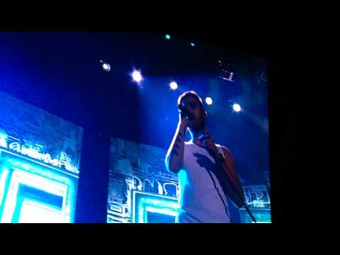 042514 One Direction WWAT Bogotá. Colombia - Right Now Fancam