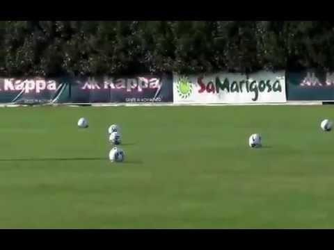 (Riproduzione riservata) - Primo allenamento stagionale Cagliari Calcio - Assemini 13.07.2015