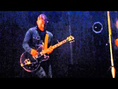 Jamie Cook Angle (Arctic Monkeys) - The Hellcat Spangled Shalalala [live @ The Hollywood Bowl]