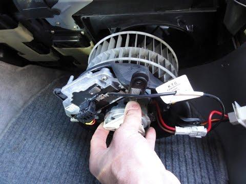 Снятие салонного моторчика Mercedes W210 How To Remove Cabin Fan