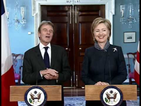 Secretary Clinton Meets With French Foreign Minister Kouchner