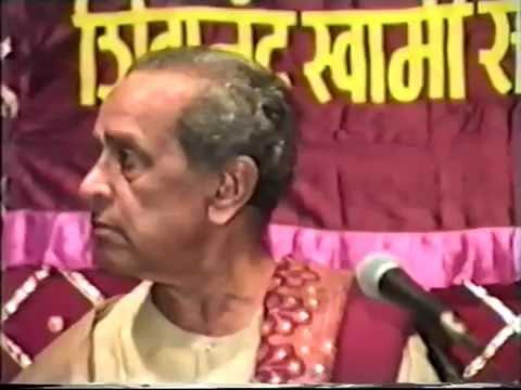 Pandit Bhimsen Joshi. Live Concert Part One.