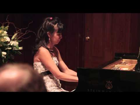 New Steinway Artist - Lorrain Min at Victoria Art Gallery