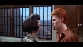 THE MAN WHO FELL TO EARTH - Trailer thumbnail