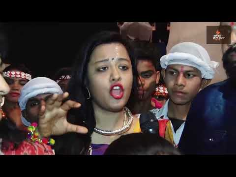 Beautiful dance by Chhattisgarh slum girls & boys