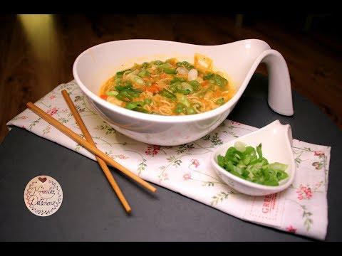 Mie-Nudel-Suppe || Ein Hauch Asia in der Luft von YouTube · Dauer:  8 Minuten 12 Sekunden