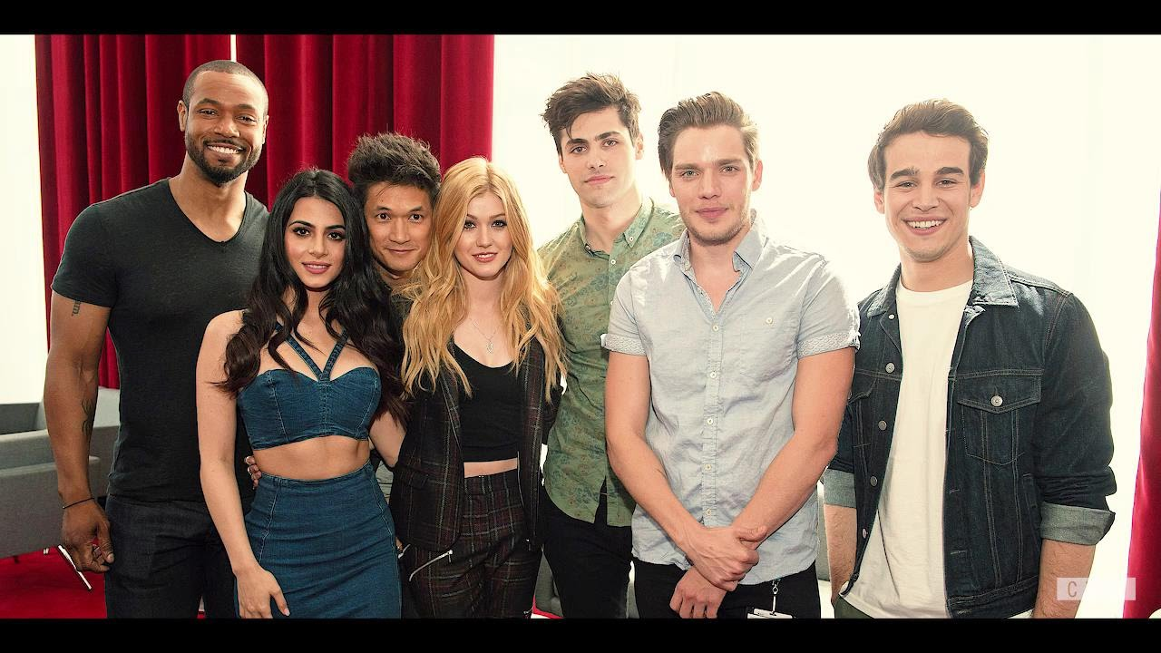 [Humor] Shadowhunters Cast - Crack!Video - Heart Attacks and Public Humiliation