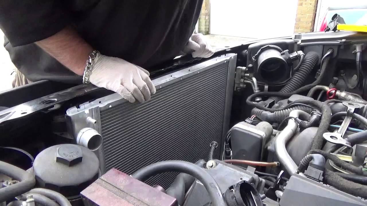 RANGE ROVER L322 4.4 Engine Oil Pump 02-06 GENUINE LAND ROVER