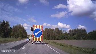 Ajaa punaisia päin tietyömaan liikennevaloissa!
