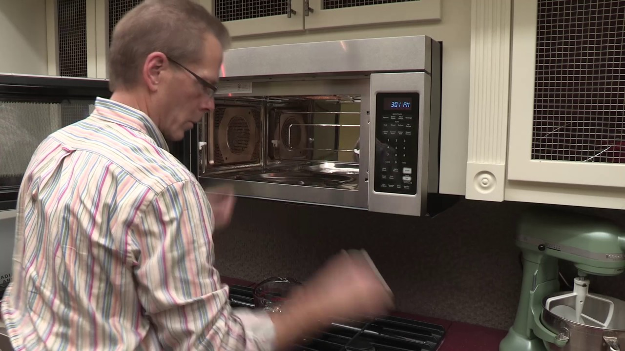 How To Cleaning Your Microwave Interior